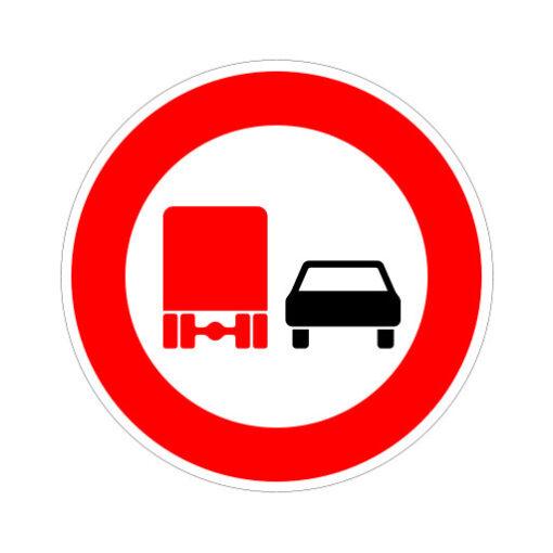 Vrachtverkeer Verboden In Te Halen - verkeersbordsticker
