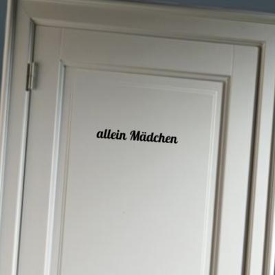 Allein Madchen - deursticker