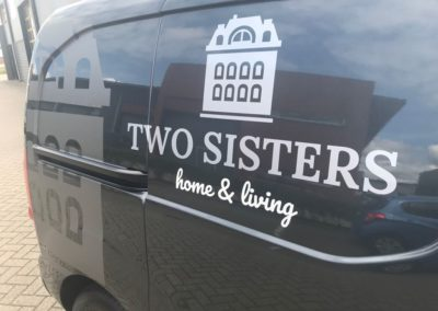 two sisters 3